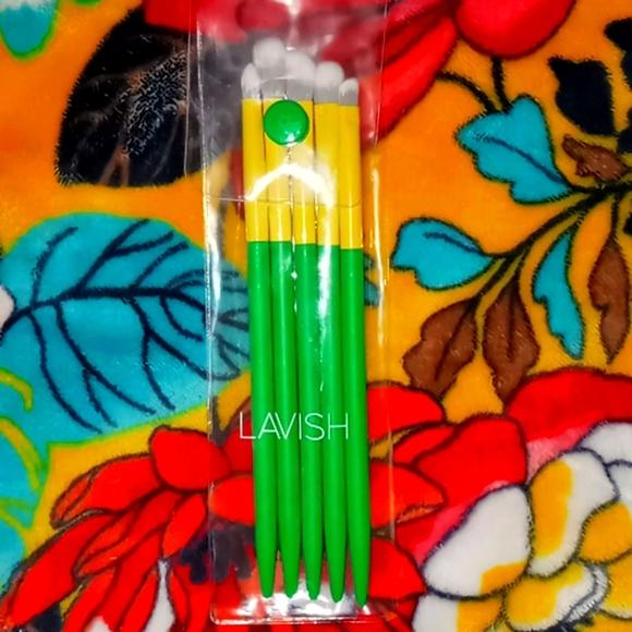 Lavish Essentials Brush Set
